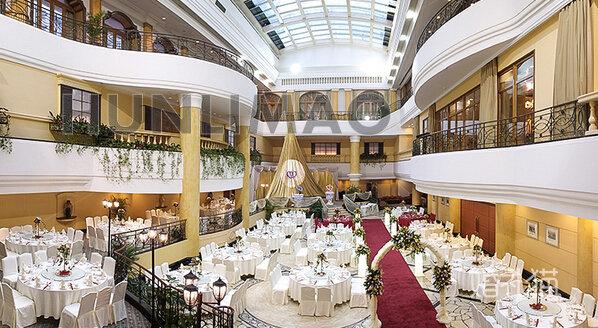 深圳富苑皇冠假日套房酒店-