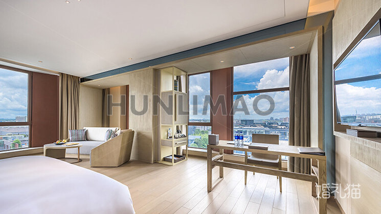 上海客莱福诺富特酒店-
