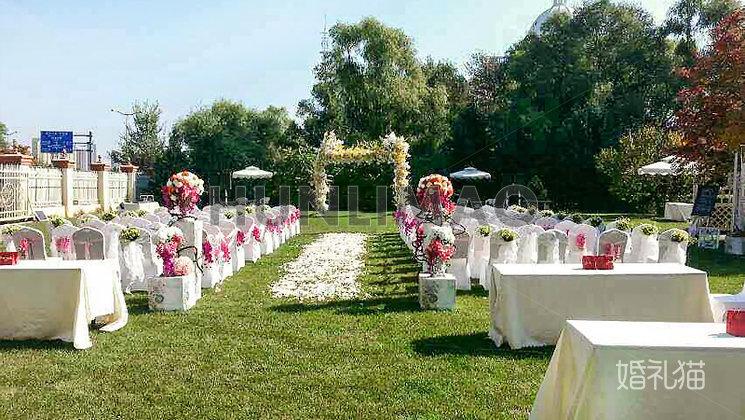 黑天鹅度假村草坪婚礼-