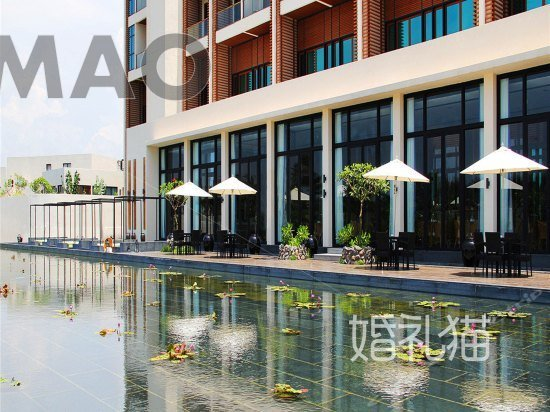 吴川鼎龙湾酒店-