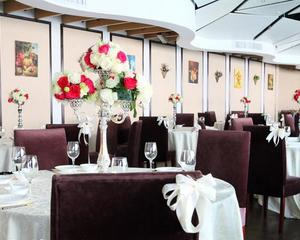 缤谷广场益佰年餐厅