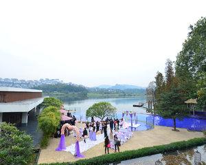 白云湖畔酒店